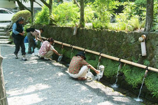 水汲み場-2