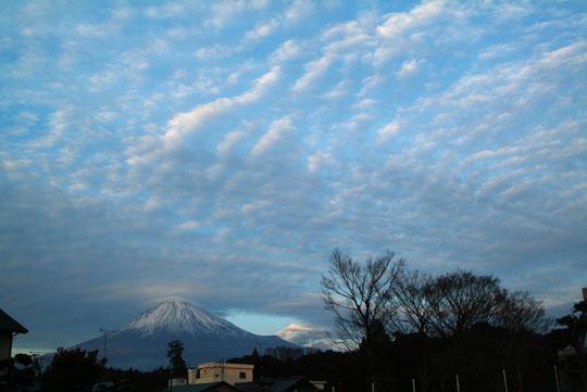 雲と富士山-3