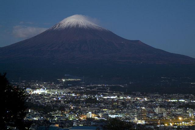 夕暮れの富士山-2