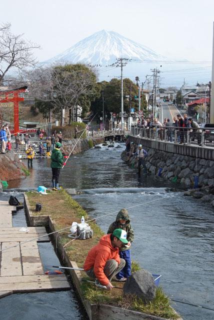 鱒釣り大会-2