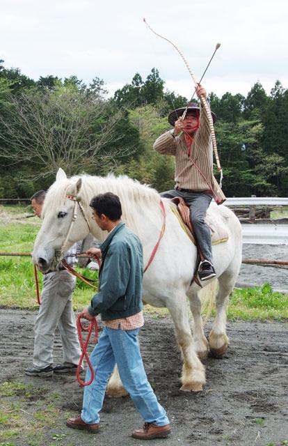 古式流鏑馬の練習-3