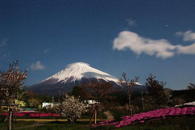 月夜の富士山-1