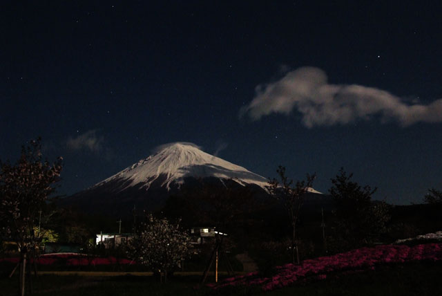 月夜の富士山-2